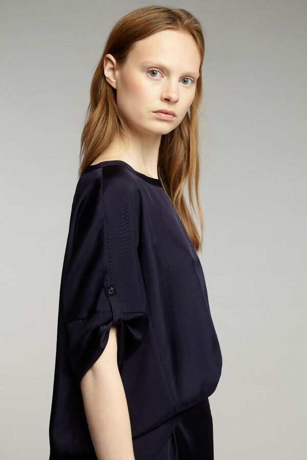 RELAXED SILKY TOP JAPAN BLUE