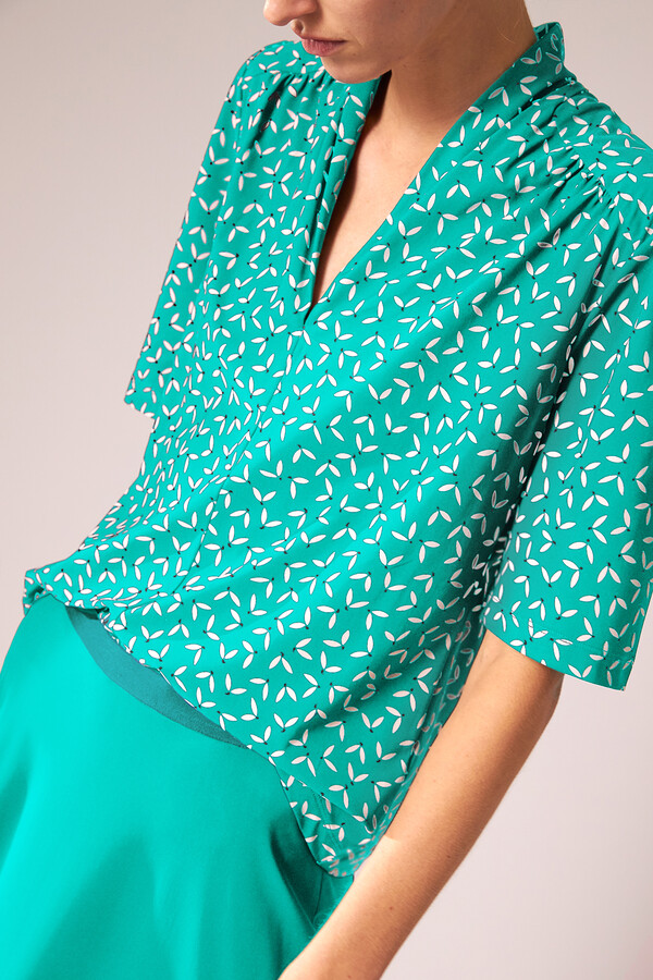 SHORT SLEEVE TOP PRINTED JADE